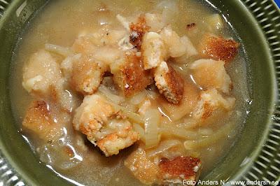 gratinerad löksoppa, med hemgjorda krutonger, onion soup, crouton, krutong, croutons, homemade