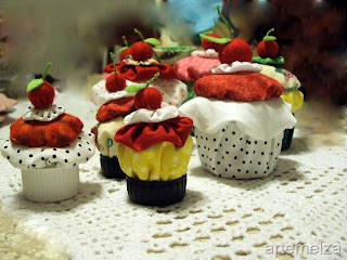 Cupcake de fuxico bolinho de fuxico