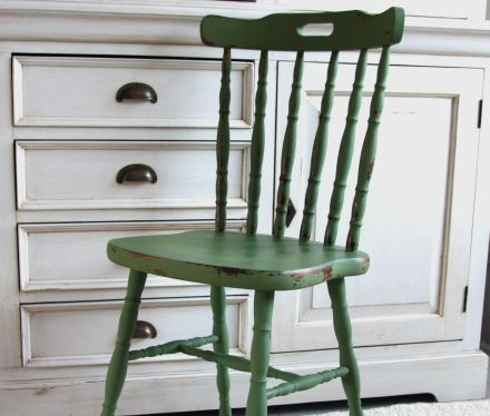 Chair, after with milk paint boxwood