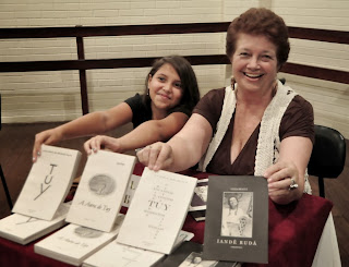 A escritora Luiza Brault