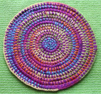 , Patrones con trapillo (23): alfombra combinando trapillo y lana