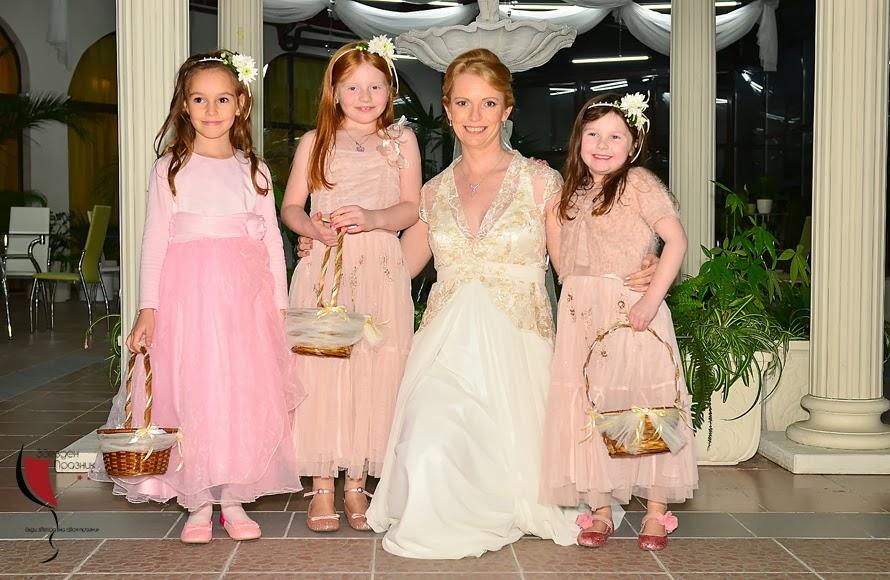 розови шаферски роклички