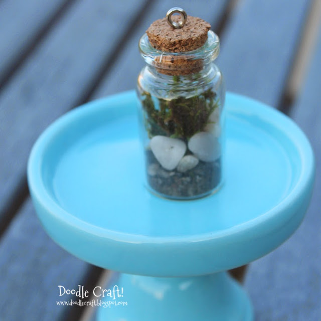 http://www.doodlecraftblog.com/2013/11/terrarium-in-bottle-necklace.html