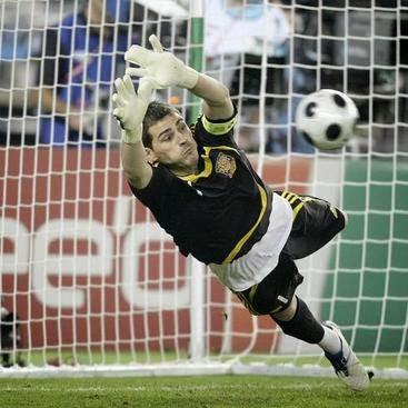 Iker Casillas (Spanyol)