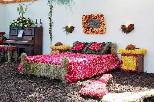 Theses Bridal Room Decoration Ideas in Pakistan is Very attractive and  popular Bridal Room Decoration Latest Ideas 2014   Pakistani Fashion  . Pakistani Wedding Room Decoration. Home Design Ideas