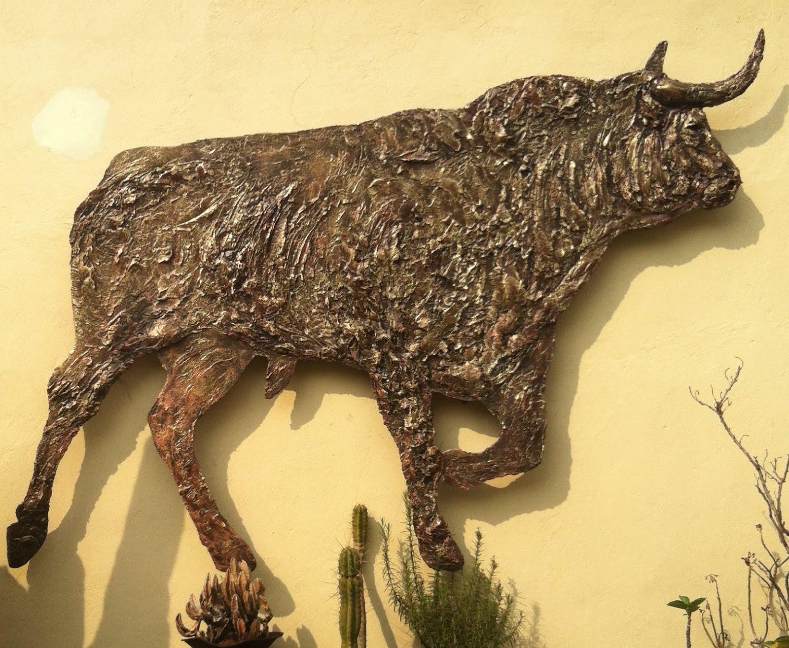 Toro Monumental