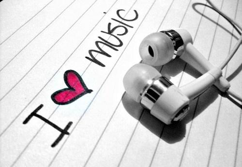 http://2.bp.blogspot.com/-QCfdSrzgOOQ/Tl1ZrrB6XTI/AAAAAAAABps/od9icG7Ewcw/s1600/I+heart+music.jpg