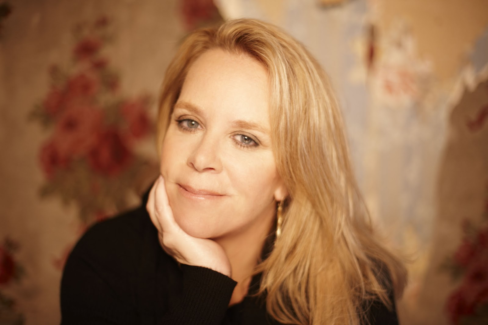 Mary Chapin Carpenter Among Inductees To The Nashville