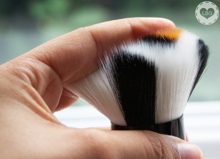 Japonesque Safari Chic Bronzer Brush (Review)