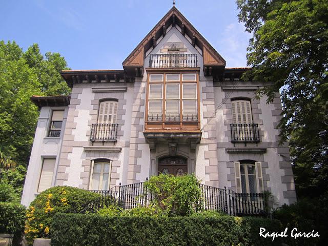 Villa Tobalina de Marcos Sarachaga en Amurrio (Álava)
