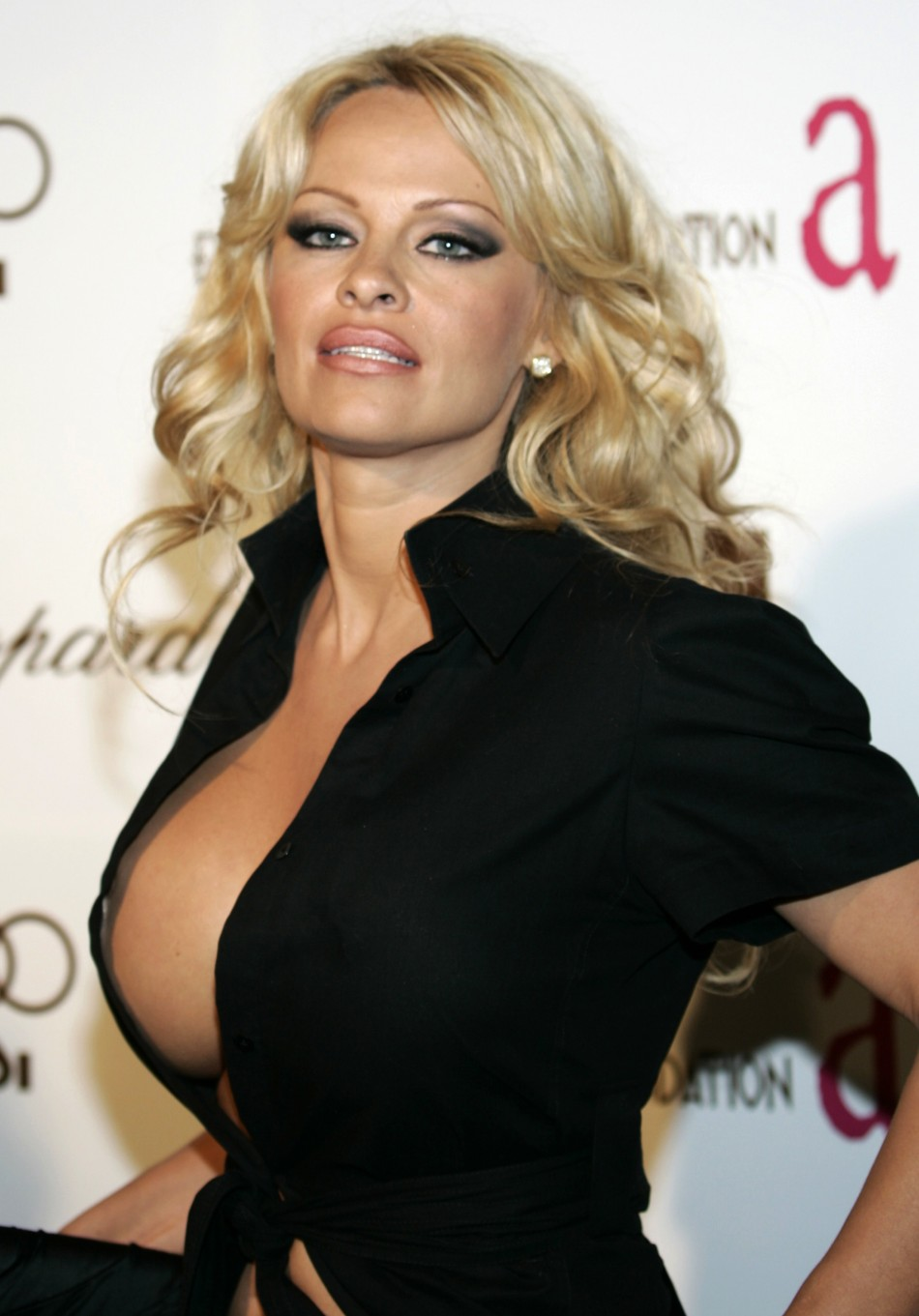 Pamela Anderson hot photos, hot pictures, videos, news ...