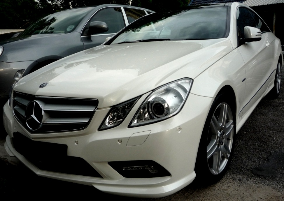 Mercedes benz e350 amg encarta motorsports for Mercedes benz e350 amg