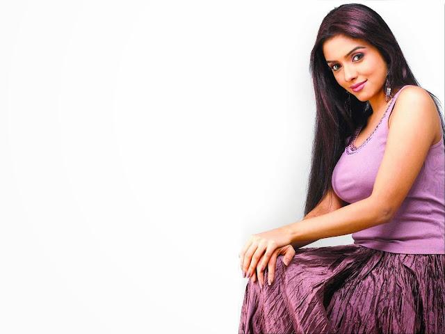 Asin Thottumkal Wallpapers Free Download