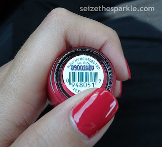 OPI Paint my Moji-Toes Red