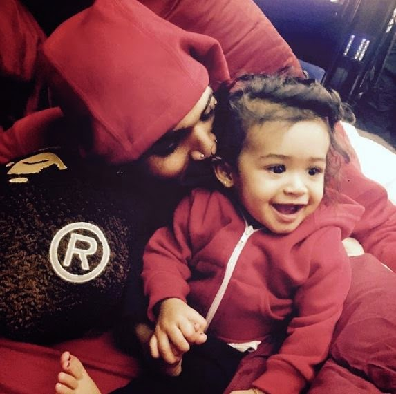 Chris Brown shares adorable pics of daughter Royalty