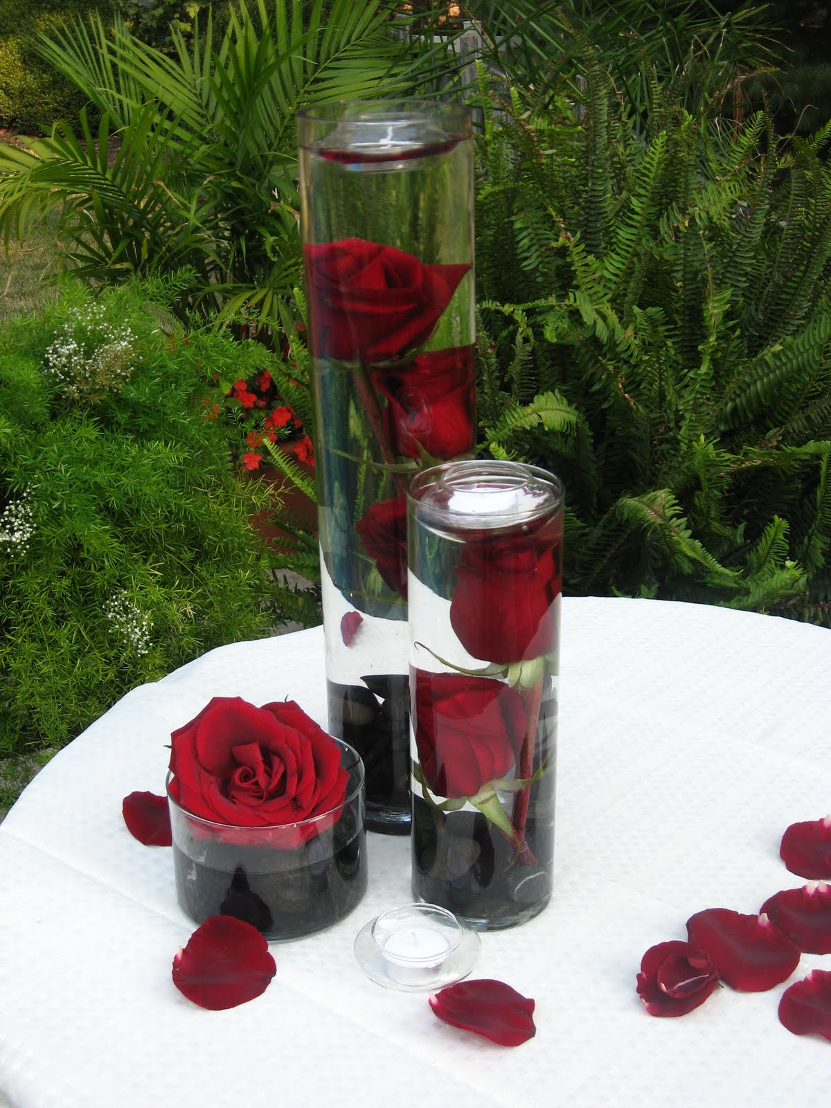 Wedding decoration ideas reference wedding decoration for Red decoration for wedding