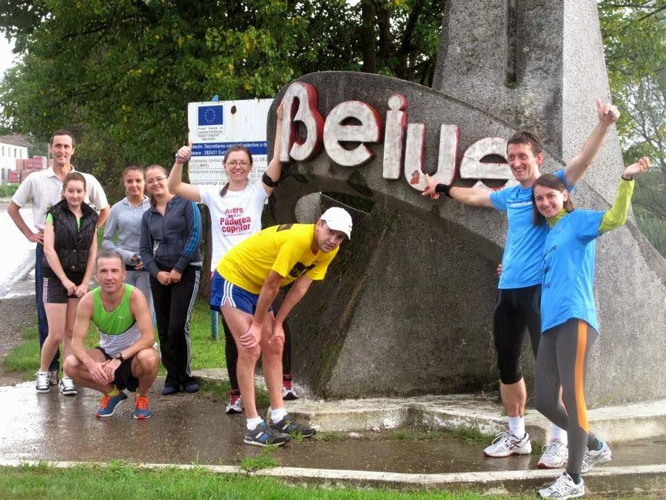 Remus Sime a strâns peste 10000 Lei pentru burse şcolare, la alergarea de 200 km, Alerg Pentru O Cauză. Donaţiile continuă. Beiuş