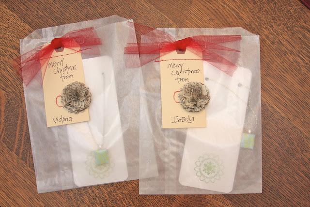 Christmas Gift Tags | iloveitallwithmonikawright.com