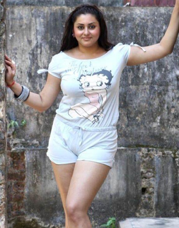 Namitha hot wallapeps
