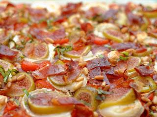Pizza figues, chèvre et jambon