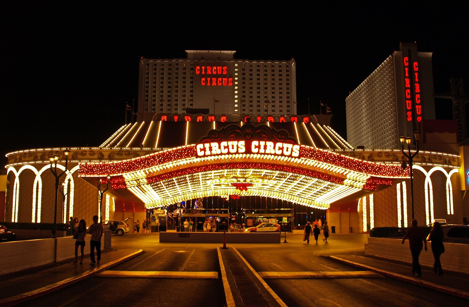 I was incredibly inspired by the Circus Circus because its strong resemblance to an actual circus. The hotel entrance looks like an actual circus tent ... : circus tent at night - memphite.com
