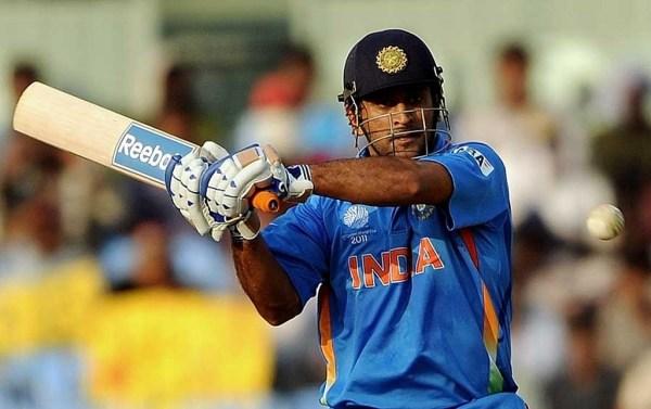 Mahendra Singh Dhoni i spółka wygrali z Pakistanem 7 wicketami (cokolwiek miałoby to znaczyć :)