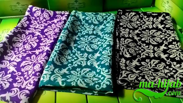 jilbab batik klasik