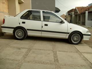 Suzuki Esteem mobil murah 30 jutaan