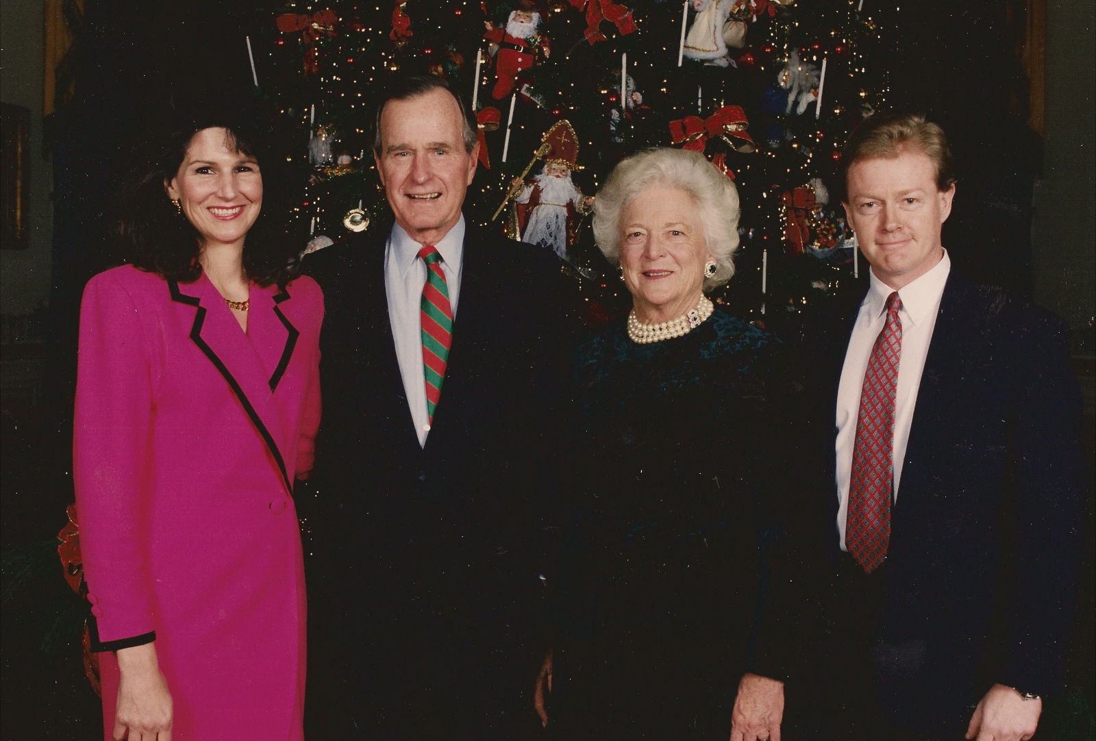 Dan Emmett & wife with George & Barbara Bush