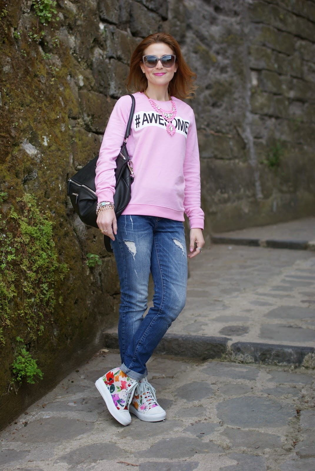 Awesome sweatshirt, Ruco Line floral sneakers, Fashion and Cookies, fashion blogger