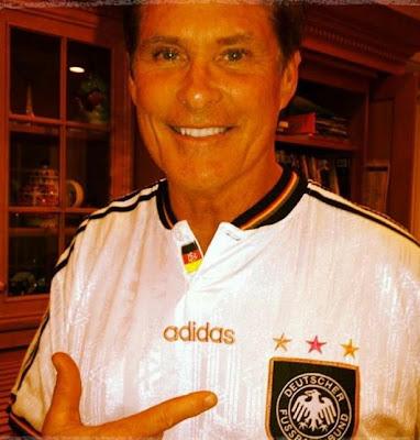 David Hasselhoff im Deutschland Trikot
