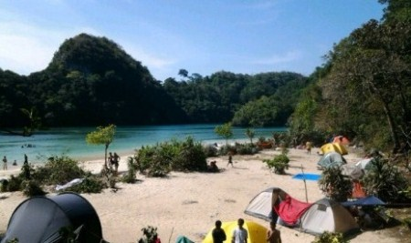 Biaya Liburan ke Pulau Sempu.