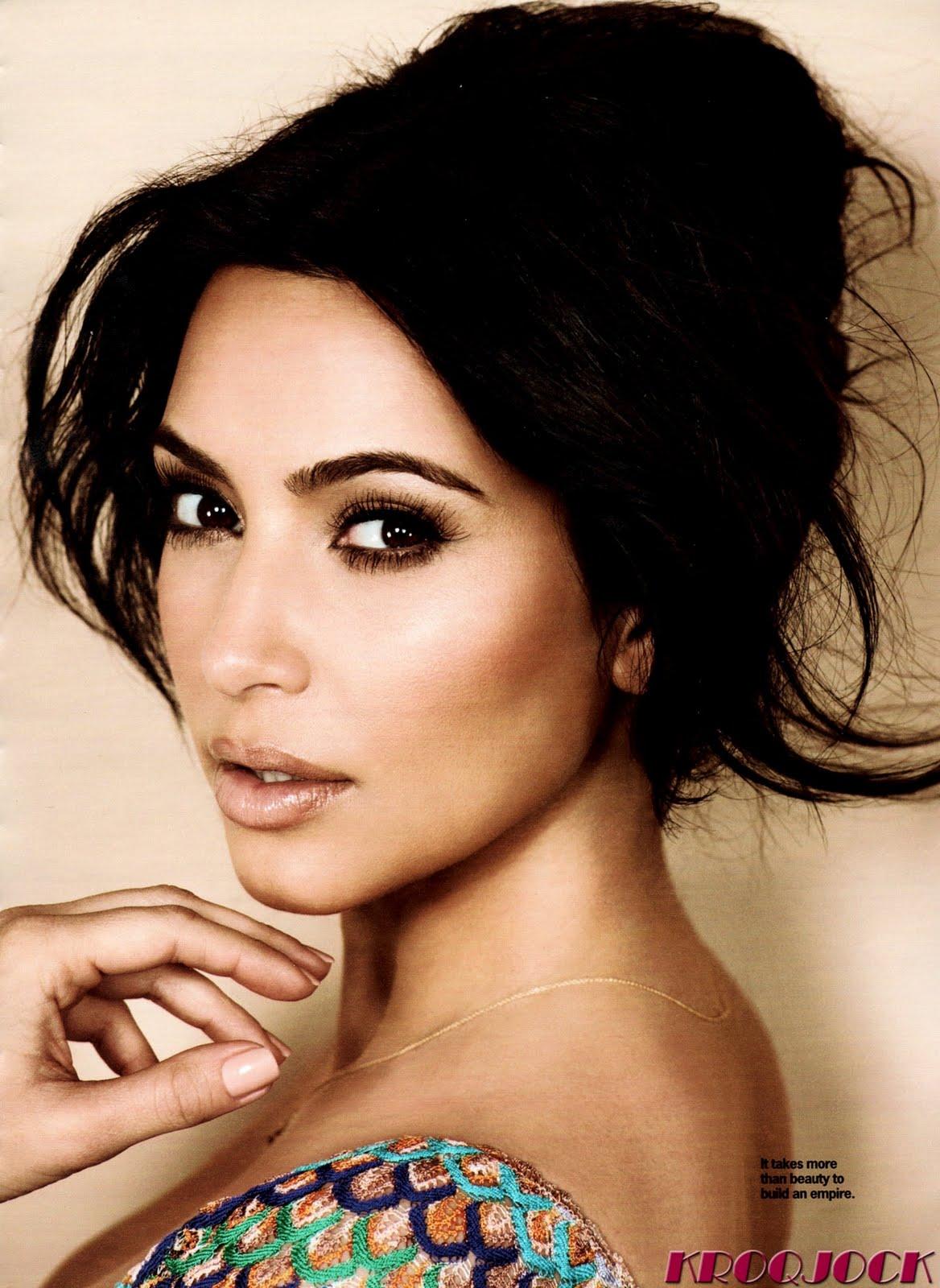http://2.bp.blogspot.com/-QGFtLul_sZk/ThoY1LIo2RI/AAAAAAAAPBs/_2O9EZduQh0/s1600/Kim-Kardashian-12.jpg