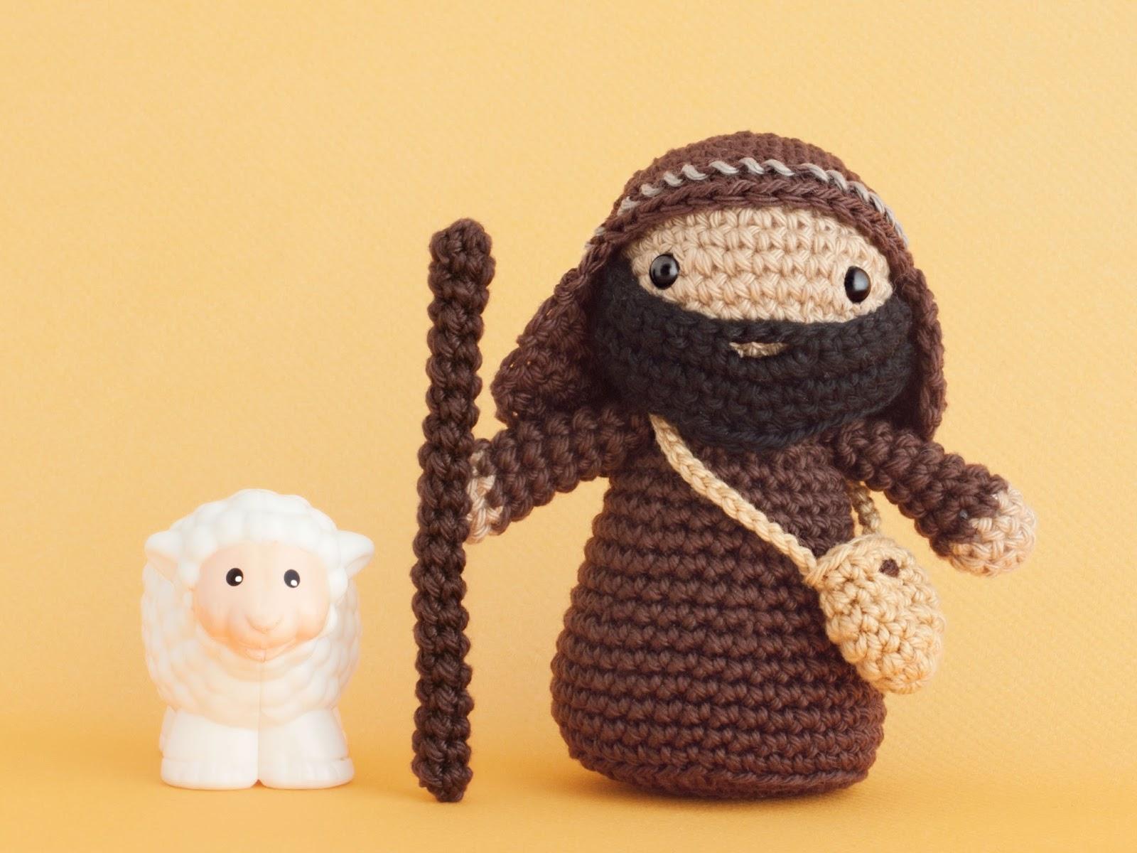 amigurumi-pastor-shepherd-patron-pattern