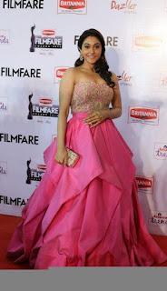 Regina latest photos at 62nd filmfare awards