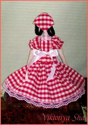 кукла хозяюшка Грета - вид сзади