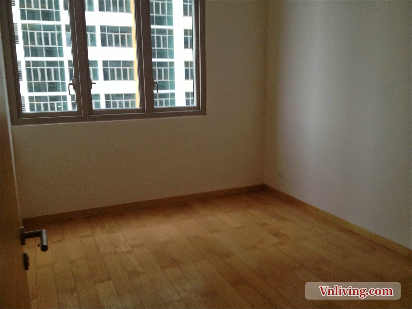 The Vista apartment for lease 3 beds unfurnished amazing view