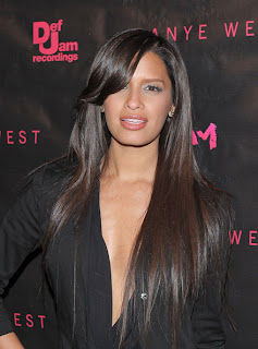 Long Straight Cut, Long Hairstyle 2013, Hairstyle 2013, New Long Hairstyle 2013, Celebrity Long Romance Hairstyles 2022