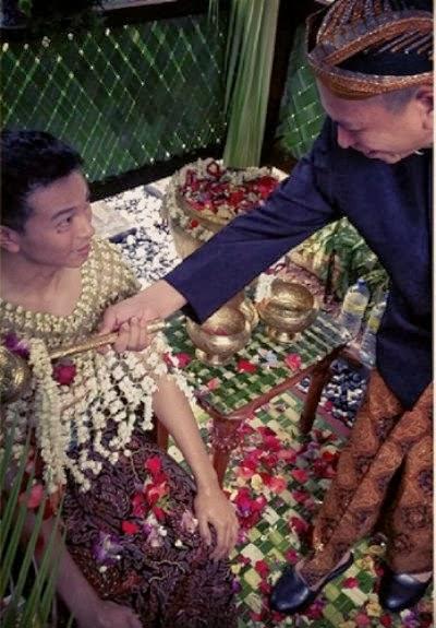 Gambar Majlis Bersiram Jovian Mandagie & Nina Ismail Sabri