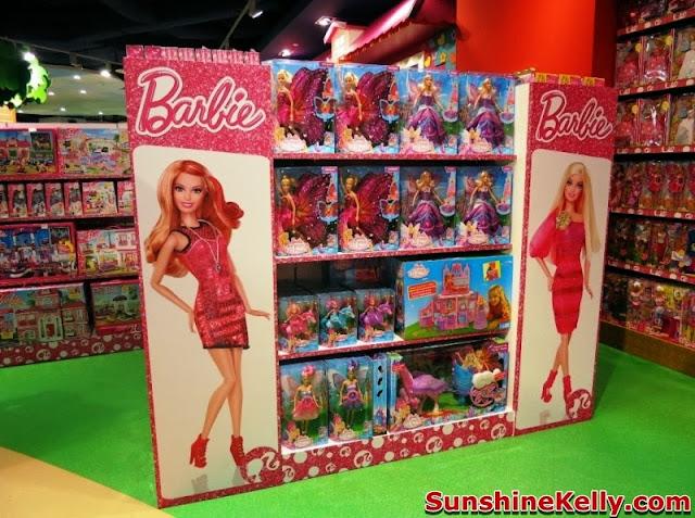 Hamleys Toy Shop In Malaysia , hamleys, toys store, toys, hamleys bear, barbie for girls