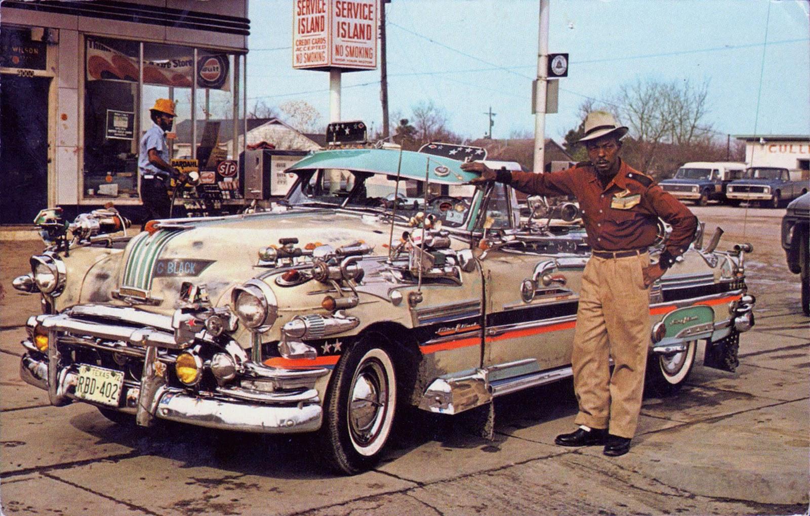 A 1952 pontiac custom in houston texas 1973 vintage for Antique car decor