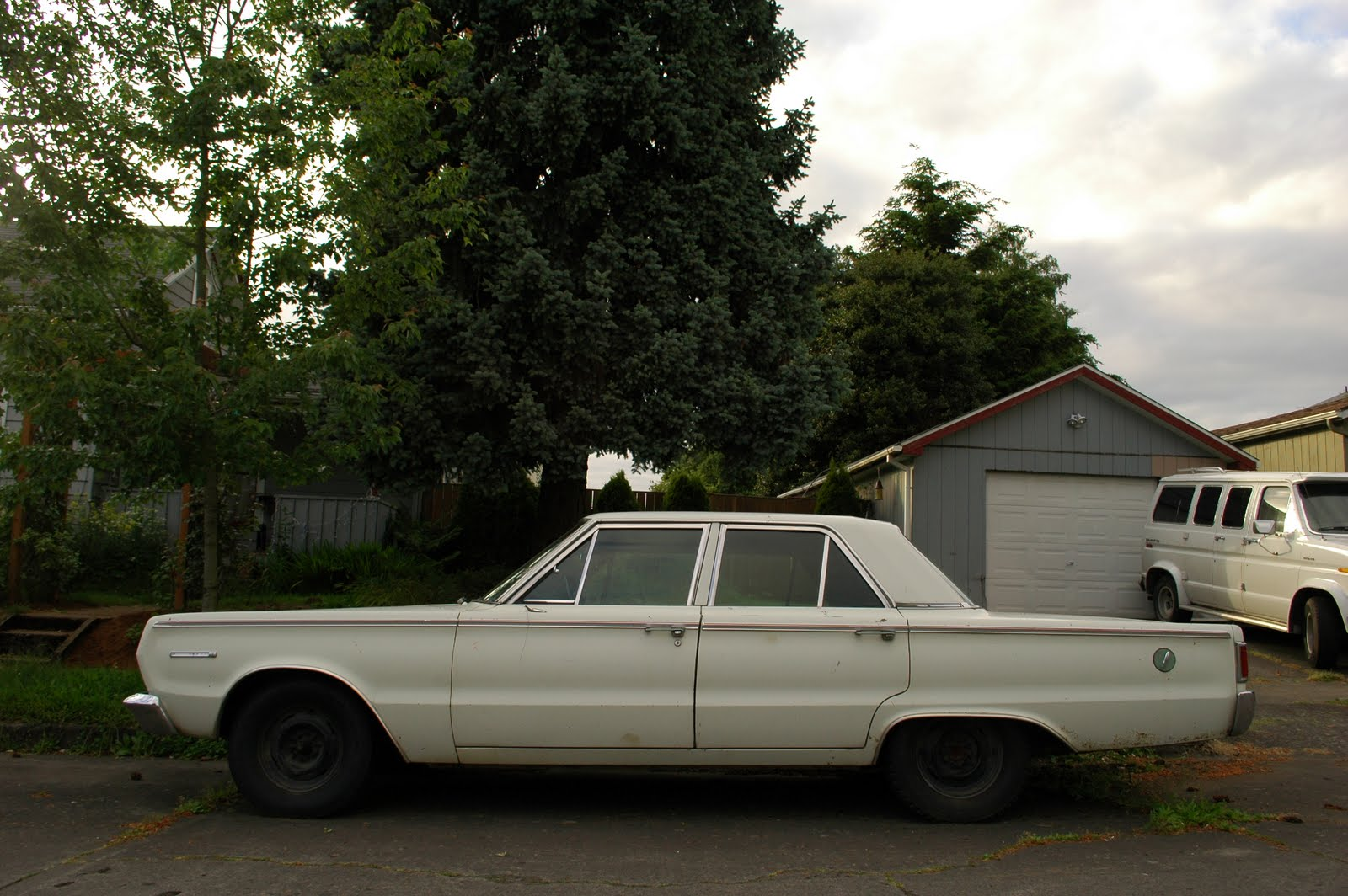 Plymouth Belvedere II.
