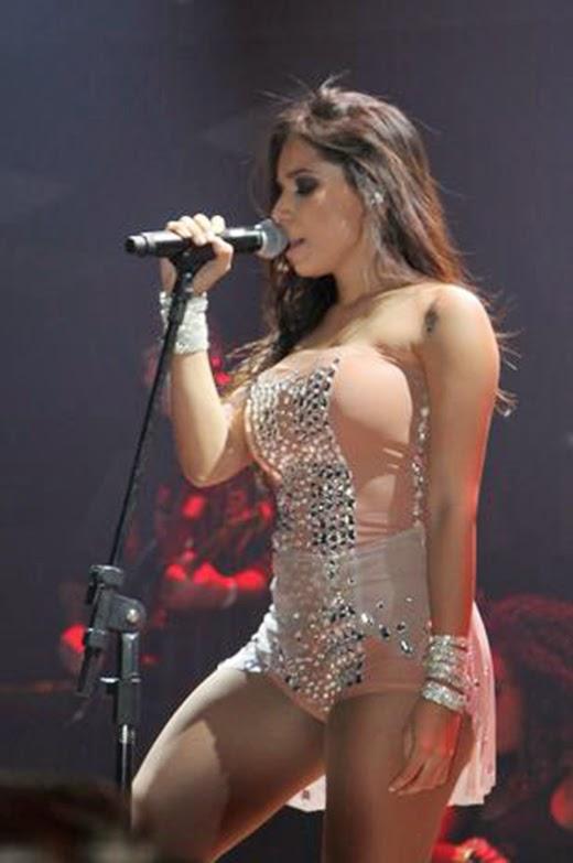 Anitta super sexy