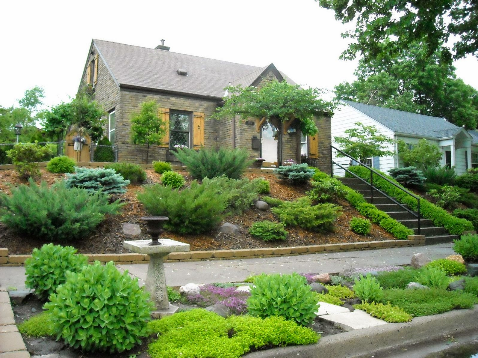Landscaping Ideas for Front of House  Home Design Inside