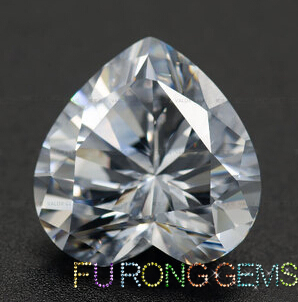 Highest_Quality_Cubic_Zirconia_White_Heart-shape-Gemstones_China_Suppliers