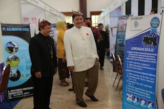 Wawali Surabaya didampingi Kadisnaker