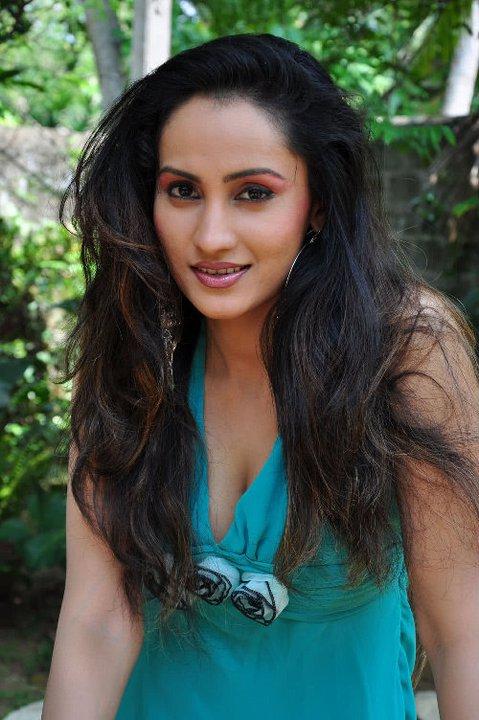 Sinhala Teledrama Actress