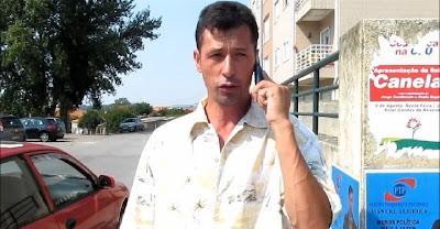 Manuel Almeida - Candidato do PTP à Câmara de Gaia telefona para o tribunal