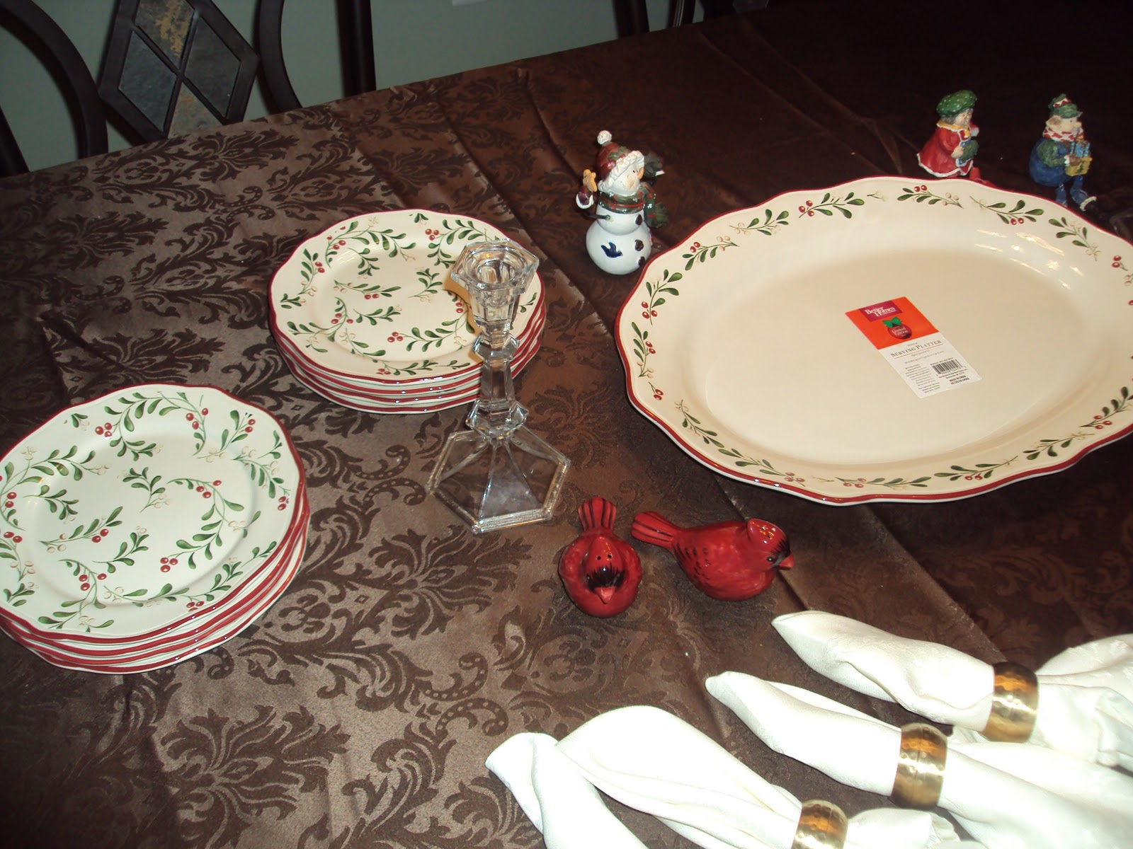 Mission: Locate Holiday Dinnerware By Better Homes U0026 Gardens, Wal Mart