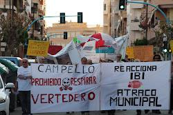 LOS VECINOS DE CAMPELLO REACCIONAN ANTE LA SALVAJE SUBIDA DEL IBI Y LOS HEDORES DEL VERTEDERO